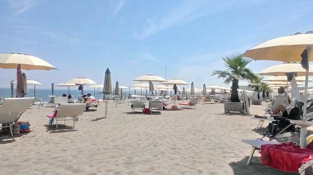 strand-sabbia-sale
