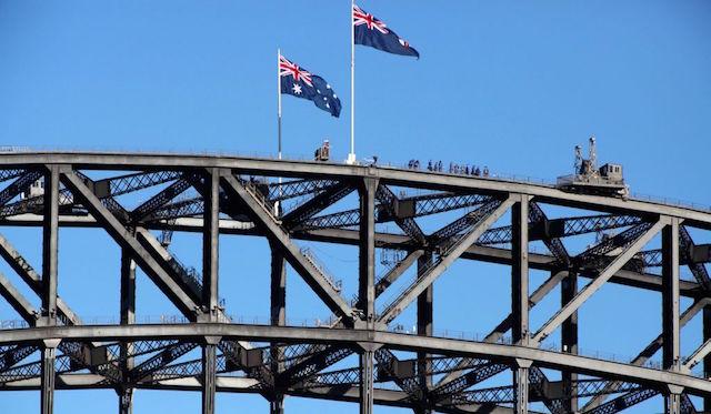 Bridge-Climb