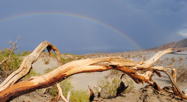 death-valley-regenbogen