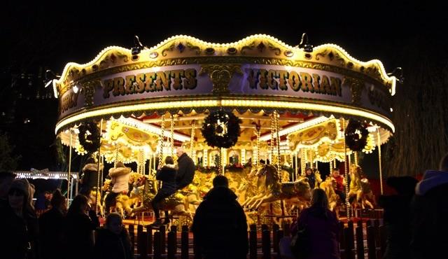 Karussell auf dem Weihnachtsmarkt