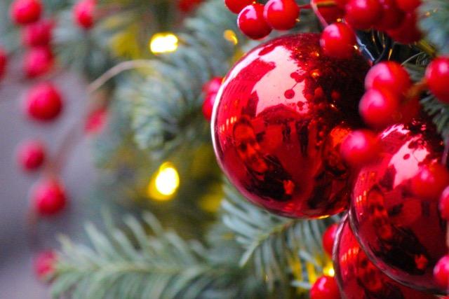 Weihnachtsschmuck in Edinburgh