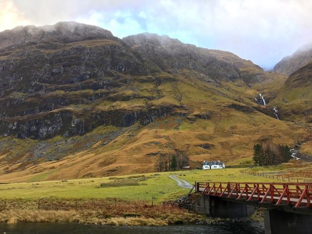 Glencoe Schottland mit Brücke