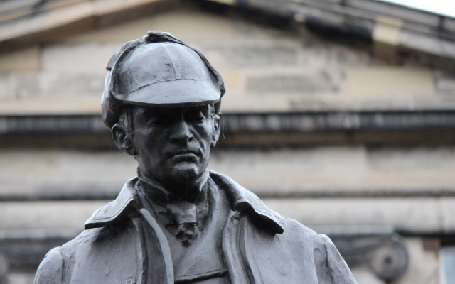 Sherlock Holmes Statue in Edinburgh
