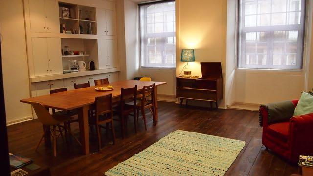 BoHo Alecrim Guesthouse Lissabon - Aufenthaltsraum