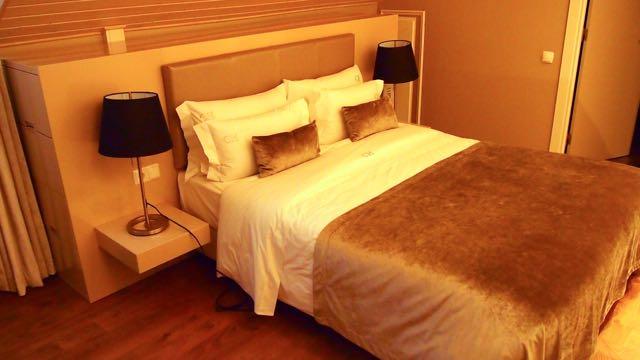 Hotel Lissabon: Castilho House Cais - Bett
