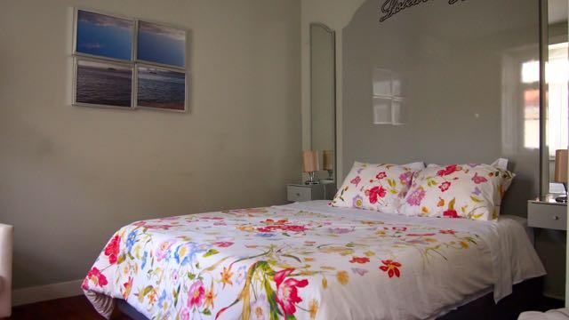 Lisbon Colours Apartment Bett