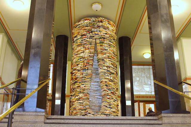 Bücherturm in Prag