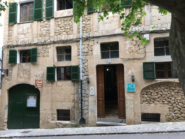 Mallorca Esporles Hostal