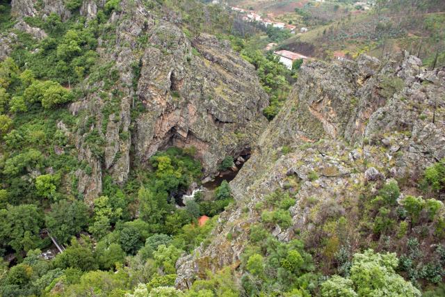 Felsen bei Casal de Sao Simao